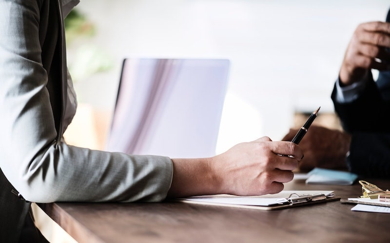 Paralegals: 5 Ways Southern Homes Title Makes Real Estate Closing More Efficient